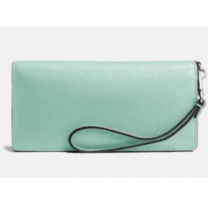 Coach F53767 Soft Pebbled Leather Slim Wallet